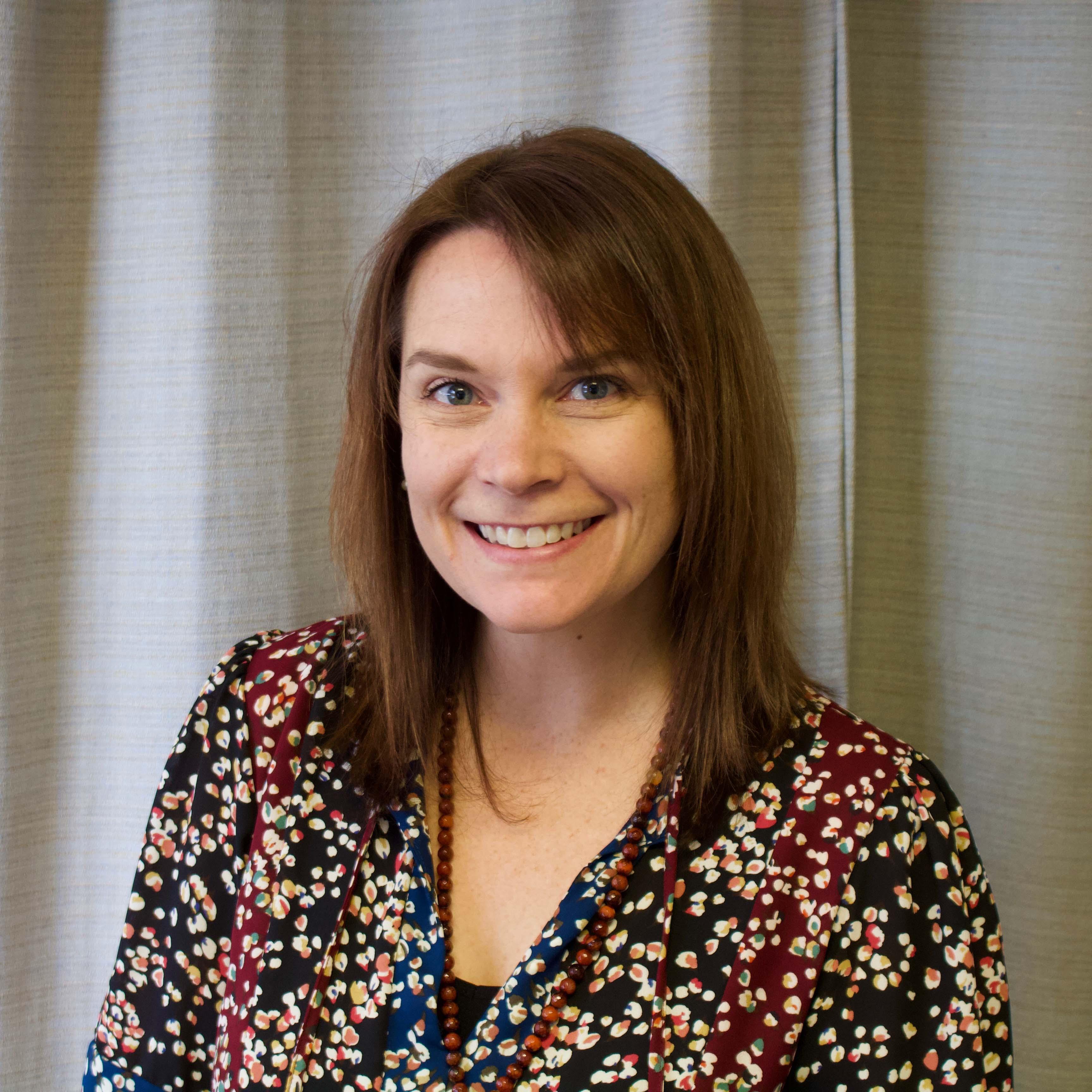 Kristin Lupfer Headshot
