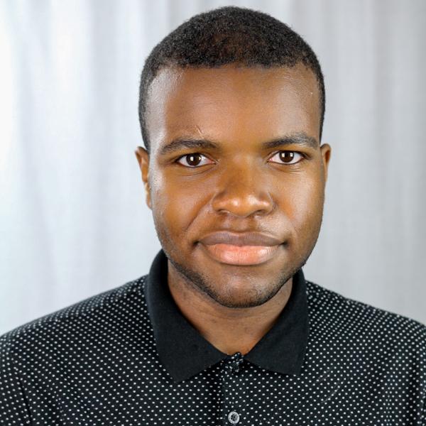 Rufus Oteniya headshot