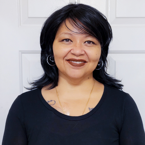 Sandra R Headshot